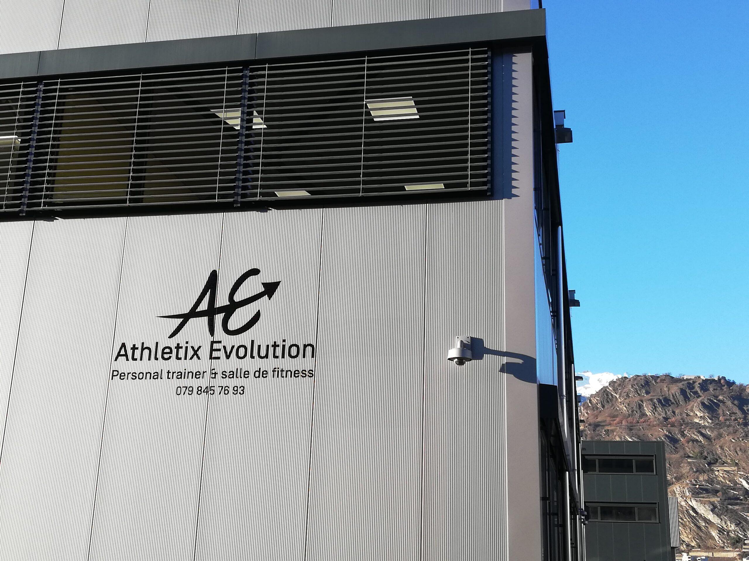 Athletix Evolution - Pubblicité Fitness Exterieur - Locaux Activité et services
